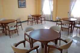 residencia-ancianos-madrid-sala-visitas