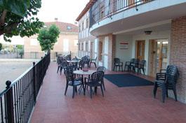 residencia-ancianos-madrid-terraza